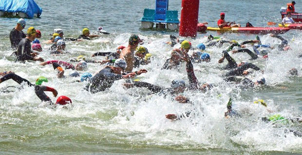 zelazny-triatlon-copy-696x319