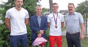 Gmina-docenila-medaliste-696x438