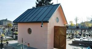 kaplica-z-1830-r-odnowiona-696x462